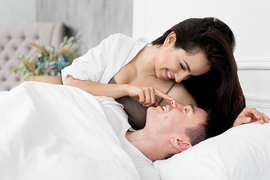 par u krevetu sa osmesima - muška kontracepcija na licu